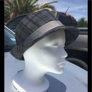 Accessories - Ladies hat